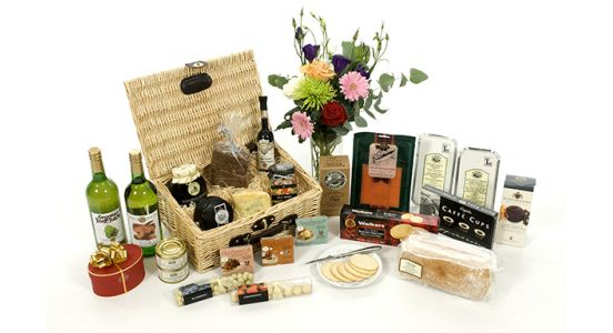 Food and Drinks Hampers